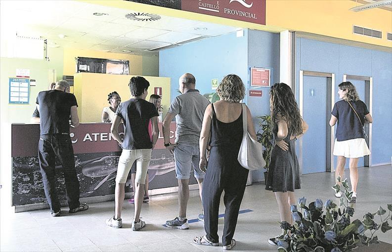La piscina provincial de Castellón abrirá hoy tras casi un año cerrada
